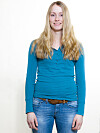 OM IKKE LENGE FARGES HÅRET BRUNT: Marit Ballangrud (29) ga KKs Bli Ny-frisør frie tøyler, og gikk fra å være blondine til brunette på et blunk. Gjett om hun ble fin! Foto: Astrid Waller
