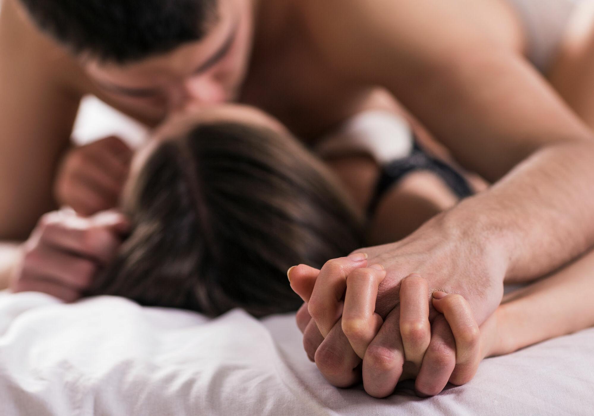Семья занимается сексом смотреть онлайн, Семейное порно русских пар смотреть онлайн бесплатно 15 фотография