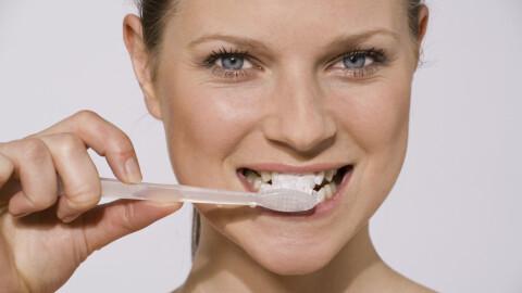 Tenner - God tannhelse er veldig viktig når du er gravid - KK | Inkluderende, ekte og med glimt ...