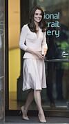 HERTUGINNE KATE: Når det kommer til sko, spesielt høye hæler, sitter hertuginnen på mange triks. FOTO: NTB Scanpix